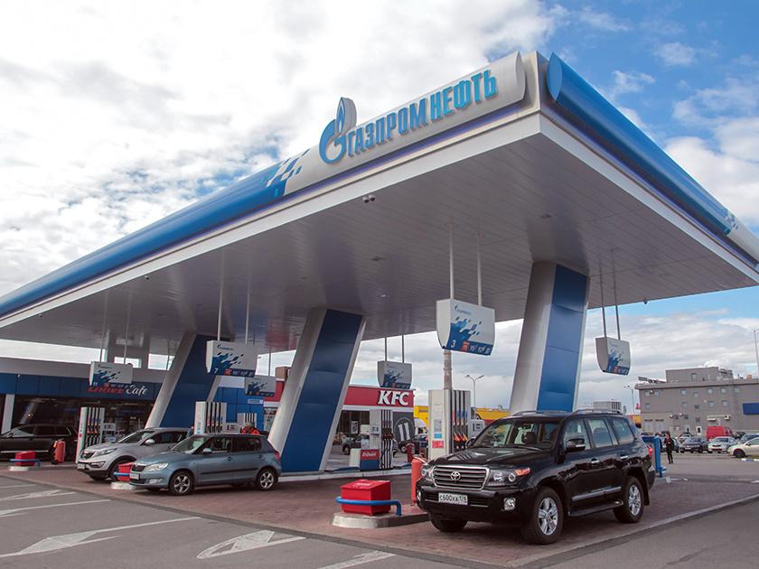 Цены набензин в РФ замесяц увеличились на10%