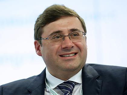 Первый зампред ЦБ Сергей Швецов в прямом эфире фейcбука учил граждан инвестировать